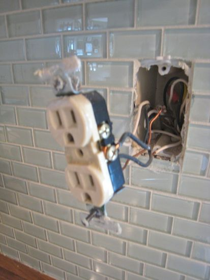 Dismantling the old power outlet