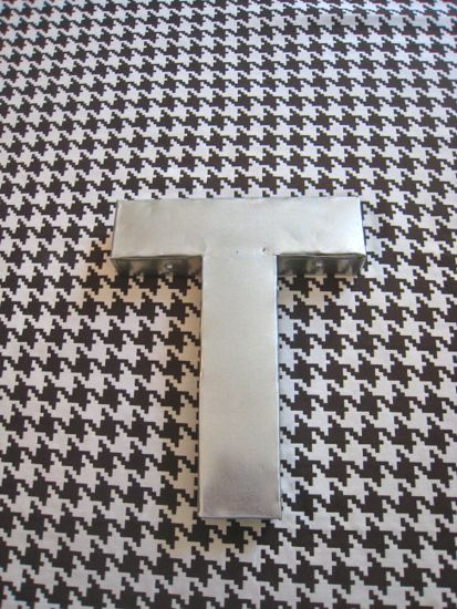 How to make your own 3d metal letter. Finished Product. www.tommyandellie.com