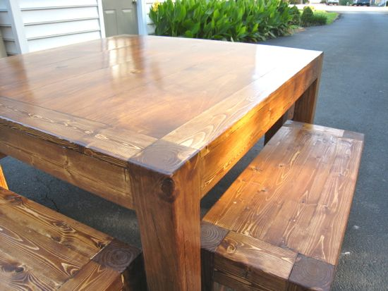 iTable and Benches. Leg Detail. Square 4' Table. DIY. www.tommyandellie.com