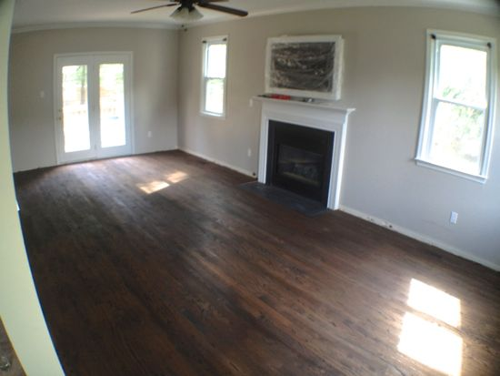 Red Oak floors stained with Dark Walnut. www.tommyandellie.com