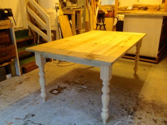 Build Your Own Turn Style Leg Farmhouse Table. www.tommyandellie.com